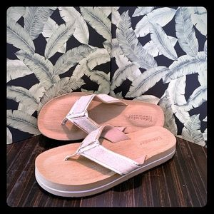 Tidewater Bethany Gold Sandals